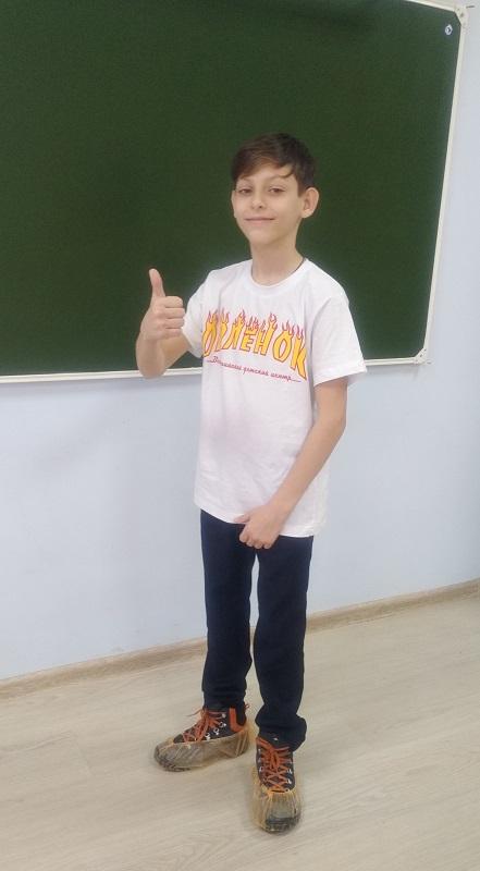 Воспитанник ДОО «КИИН» Ярослав Елизаров рассказал юнкорам Медиашколы «Росток» о своей поездке в «Орлёнок»