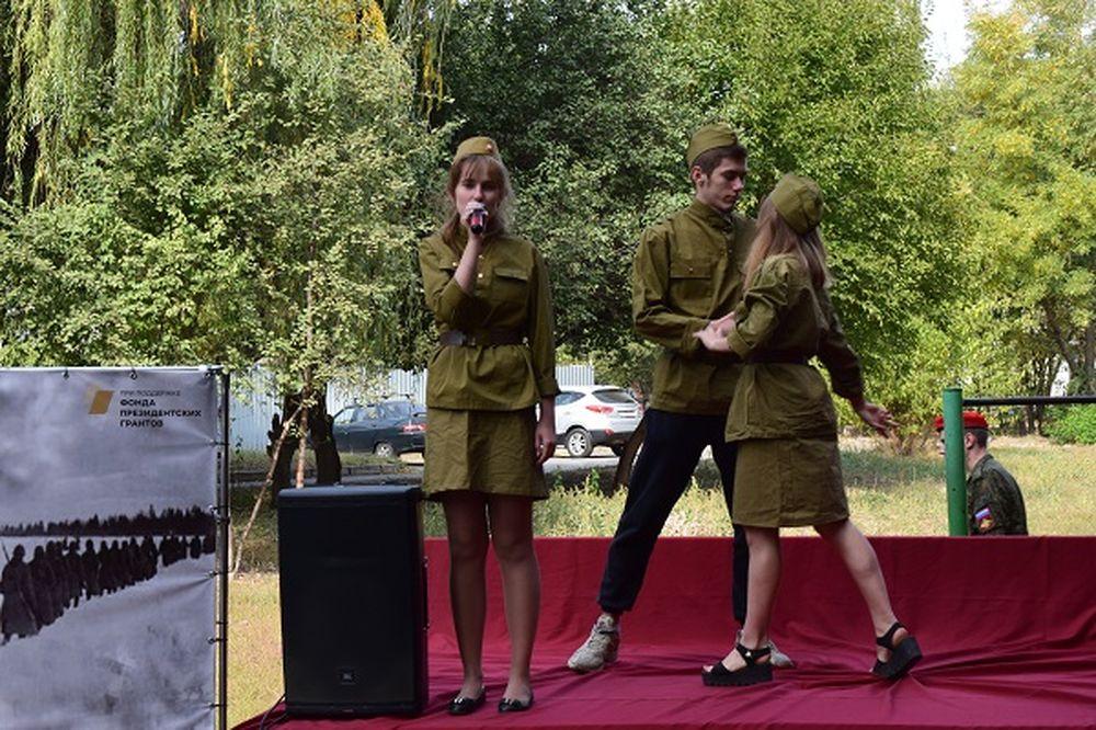Спасибо ветеранам! – агитбригада выступала для ветеранов Хотунка